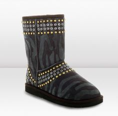 So MINE! Want to earn #money fast to buy these #uggs by #jimmychoo? StackedWithCash.com