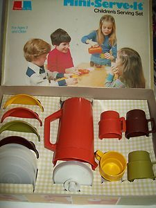 Childrens Serving Set/Toy by TUPPERWARE.- And in vintage 70s colors!  VINTAGE/ COLLECTABLE 1970's