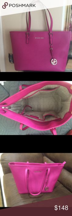 Michael Kors Hot Pink Large bag 17x11x6 Used only ones!!! Perfect perfect condition. Paid 300$. Michael Kors Bags Totes
