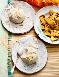Coconut haupia with griddled pineapple recipe - this coconut dessert from Felicity Cloake is a bit like a panna cotta - but it's dairy-free! Pudding Recipes, Soup Recipes, Dessert Recipes, Dinner Party Desserts, Summer Desserts, Coconut Desserts, Coconut Recipes, Haupia Recipe, Coconut Panna Cotta