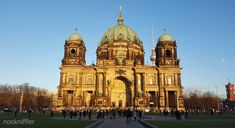 When in Berlin - nookniffler Reading Time, Berlin, To Go, Building, Blog, Travel, Viajes, Buildings, Blogging