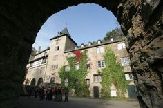 Castle Blankenheim - Kids love the Castle. Because how can anything be more medieval than the Castle Blankenheim?