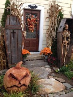 Looking for the perfect Halloween decorations? Want to make your home as spooky and fun as possible? From pumpkin carving ideas to party decorations, you can find a lot of exciting and unique ways to prepare for Halloween with your . Halloween Coffin, Halloween Scene, Halloween Prop, Vintage Halloween, Halloween 2019, Halloween Night, Halloween Doorway, Halloween Crafts, Scary Halloween Yard