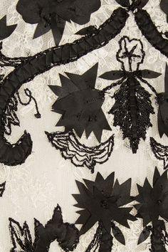 Oscar de la Renta|Embroidered lace top|NET-A-PORTER.COM