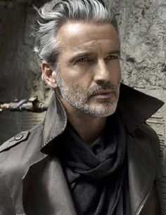 16.Hairstyles for Older Men