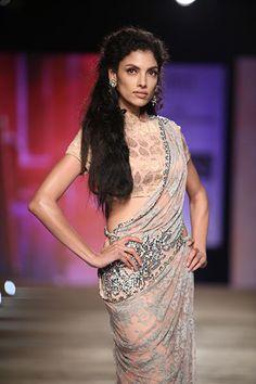 Monisha Jaising | Vogue Wedding Show 2014