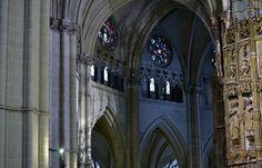 Detalles catedralicios... la Catedral de Toledo siempre sorprende, en cada detalle, cada sombra, cada luz...