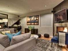 Transitional Living Rooms from Katie Leavy : Designers' Portfolio 737 : Home & Garden Television#//room-living-rooms/style-transitional#//room-living-rooms/style-transitional#/id-131/room-living-rooms/style-transitional