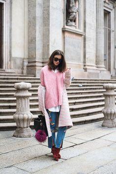 milan-fashion-week-streetstyle-pastel-colors-layering-trend-spring-fashiioncarpet
