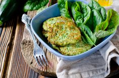 Spinach Fritters - Best Healthy Indian Evening Snacks For Kids Evening Snacks For Kids, Evening Snacks Indian, Healthy Meals For Kids, Easy Meals, Healthy Eating, Clean Recipes, Cooking Recipes, Healthy Recipes, Bacon Chips