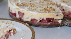 An exquisite cheesecake made with fresh rhubarb and finished with sour cream topping.
