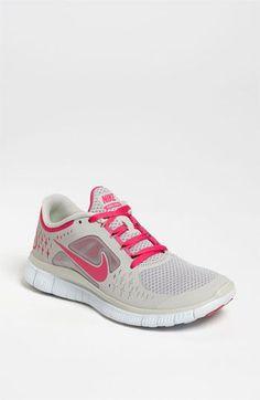 Tendance Basket 2017 cheap nikes Nike Free Run 3 available at com Nike Tennis Shoes, Nike Shoes Cheap, Nike Free Shoes, Nike Shoes Outlet, Cheap Nike, Nike Outfits, Fall Outfits, Nike Free 3.0, Tiffany Blue Nikes
