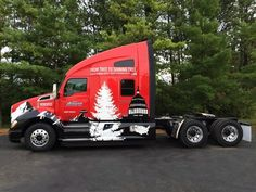 Kenworth T680 To Deliver 52nd U.S. Capitol Christmas Tree