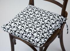 Capa de Almofada para Cadeira Andorinhas 40 x 40 cm   A Loja do Gato Preto   #alojadogatopreto   #shoponline