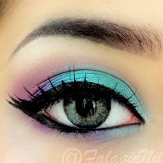 Soft pastel shades on your eye makeup brings out the femininity in you. See the eye shadow palette used for this fabulous look.
