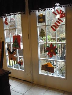 Christmas Decorating Tip: Children's Artwork
