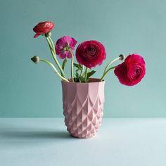 Lenneke Wispelwey - vase Pineapple - Femkeido Shop