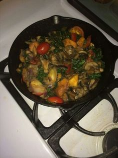 Sautéed : baby Bella mushrooms, kale, butternut squash, grape tomatoes, red onions. Seasoning: onion powder & salt & cilantro