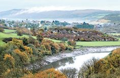 @Kim Schulz Wales Argus Pic of the day: AUTUMN LEAVES: The River Usk and Caerleon seen from Brynglas, Newport  Pic: CHRIS TINSLEY