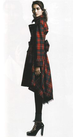 vogue and coffee tartan obsession for Fall. Mode Tartan, Tartan Plaid, Tartan Dress, Plaid Coat, Fall Plaid, Plaid Jacket, Jacket Dress, Mode Style, Style Me