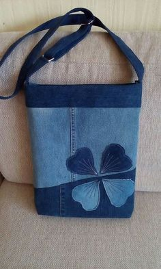 very interesting upcycled denim applique bag by alexandria - Salvabrani Bag from recycled jeans Another lovely jeans bag - precisely embroidered - looks classic - Salvabrani Beautiful denim jeans tote with lace handmadebag salvabrani – Artofit KLiliya's Denim Handbags, Denim Tote Bags, Denim Purse, Jeans Denim, Trendy Handbags, Patchwork Bags, Quilted Bag, Patchwork Quilting, Jean Diy