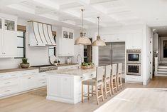 Fernleaf Transitional - Patterson Custom Homes Home Decor Kitchen, Home Kitchens, Big Kitchen, Island Kitchen, Kitchen Cabinets, Luxury Interior Design, Interior Design Kitchen, Dream Home Design, House Design
