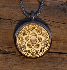 Flower Goddess (Gold) Essential Oil Necklace Diffuser