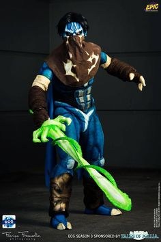 Raziel - Soul Reaver: Legacy of Kain Cosplay by *SketchMcDraw on deviantART THIS PERSON IS PERFECT...