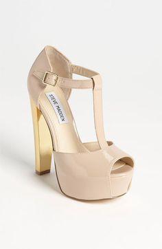 c7be29bb9097 Die 3395 besten Bilder von Schuhe   High shoes, Fashion shoes und ...