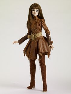 Steam Punk Tonner Doll - I love that coat!! once i have learned how to make patterns i must make this!