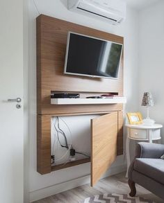 Modern TV Wall Mount Ideas For Your Best Room - ARCHLUX.NET TV Wall Mount Ideas for Living Room, Awesome Place of Television, nihe and chic designs, modern decorating ideas Living Room Tv, Home And Living, Tv On Wall Ideas Living Room, Tv Wall Design, House Design, Sweet Home, Diy Casa, Wall Mounted Tv, Small Spaces