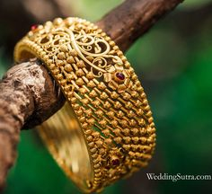 Azva gold flower bangle on WeddingSutra bride #Goldjewellery #luxury #style