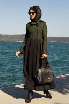 Yeşil Üstlü Siyah Pardesü Ürün Kodu: 5024Y www.tesetturisland.com