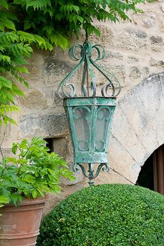 touches of garden whimsy ~ 'vintage' lamp #landscape #outdoor #lighting http://www.gottoelectric.com/