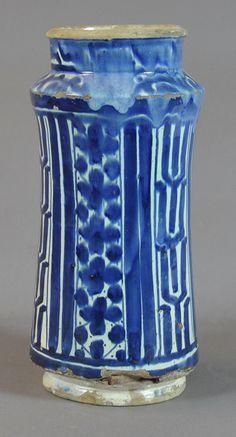 pharmacy jar, 15th century Valencia Inventario: FC.2014.02.10