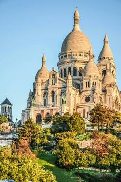 Paris, Sacre Coeur. By NikitaDB Book a room in one of our hotels in #PARIS: HTTP://GREENHOTELPARIS.COM