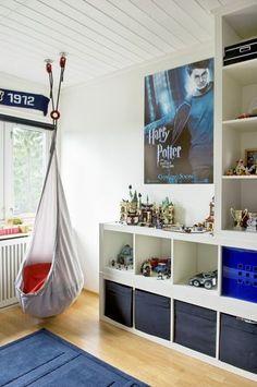 Photo by Maria Reme Ikea Regal Expedit, Mindfulness For Kids, Kids Bedroom, Bedroom Ideas, Kids Rooms, Kids Room Design, Kids Corner, Boy Room, Kids And Parenting