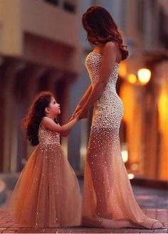 Top hot mommy and me tutu gown mother and daughter matching dresses heavy beads vestidos de festa long evening dress gowns