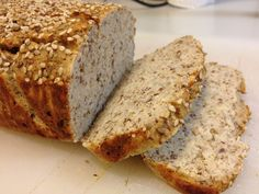 Low Carb Protein Brød Protein Bread, Low Carb Protein, Low Carb Bread, Low Carb Keto, Paleo Bread, Wheat Free Recipes, Gluten Free Recipes, Low Carb Recipes, Snack Recipes