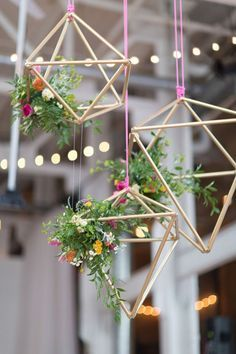 modern wedding decor-metal geometric hanging displays with flowers