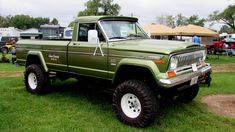 Jeep Gladiator by craftymore on DeviantArt Jeep Pickup, Jeep Truck, Pickup Trucks, Lifted Trucks, Jeep Cj7, Jeep Wagoneer, Cool Jeeps, Cool Trucks, 4x4