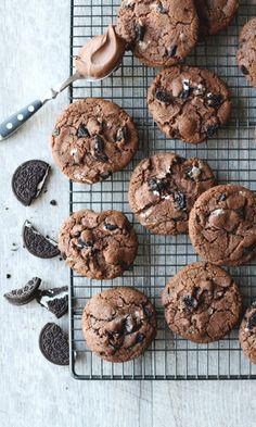 Oreo & Nutella -keksit | Maku Healthy Cookie Recipes, Vegan Desserts, Baking Recipes, Delicious Desserts, Dessert Recipes, Yummy Food, Nutella Cookies, No Bake Cookies, Cookies Et Biscuits