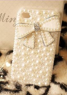 iPhone 4 Case , Luxury pearl bow iPhone case , rhinestone iPhone 4/4s Case Cover , pearl iphone case,  iphone 5 case, iphone 5 cover. $23.99, via Etsy.