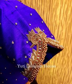 Wedding Saree Blouse Designs, Best Blouse Designs, Pattu Saree Blouse Designs, Simple Blouse Designs, Zardosi Embroidery, Embroidery Works, Embroidery Patterns, Magam Work Blouses, Mirror Work Blouse Design
