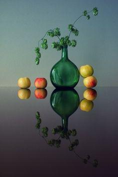 4 apples and hops by Dimitar Lazarov - Dim