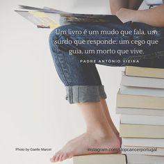 """""""Um livro é um mudo que fala um surdo que responde um cego que guia um morto que vive.""""- Padre António Vieira #leitura #citações #padreantoniovieira"""