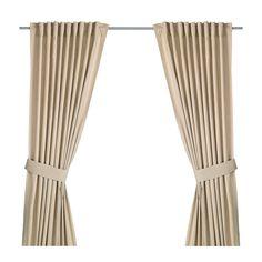 Voor aan het raam. - IKEA - INGERT, Gordijnen met embrasse, 1 paar, , De gordijnen zorgen dat er minder daglicht binnenkomt en zorgen voor privacy omdat je van buitenaf niet naar binnen kan kijken.De gordijnen kunnen aan een gordijnroede of aan een gordijnrail gehangen worden.Met het plooiband kan je eenvoudig plooien maken. Te completeren met de RIKTIG gordijnhaken.Door de blinde lussen kan je het gordijn direct aan een gordijnroede hangen, maar je kan ook ringen en haken gebruiken.