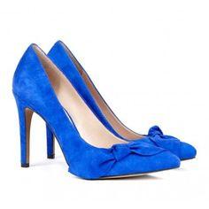 Statement blue heels