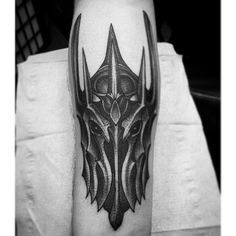"""Top start on this Sauron tatt by @tashawild on @mexkskog!"""