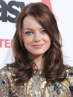 Emma Stone Hair + blue eyeliner